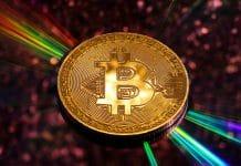 Brasileiro investe mais em Bitcoin que em ações