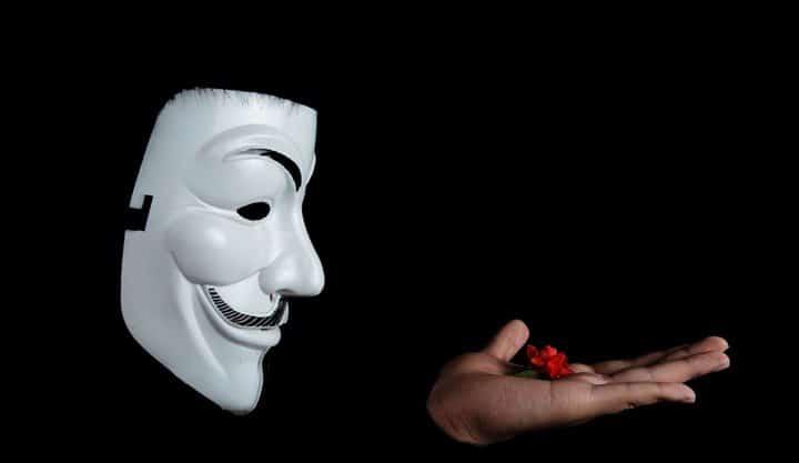 Twitter misterioso distribui criptomoedas