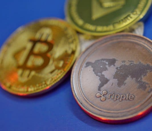 CEO da Ripple faz hold de Bitcoin