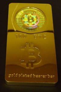 A história das moedas físicas de Bitcoin 10