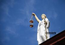 Estátua da Justiça, processo