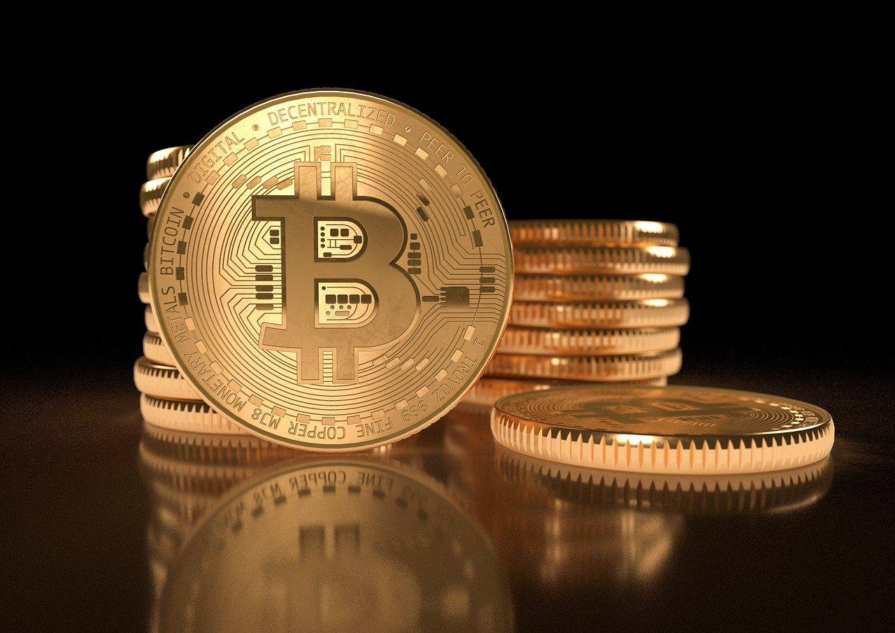 mercato azionario e bitcoin