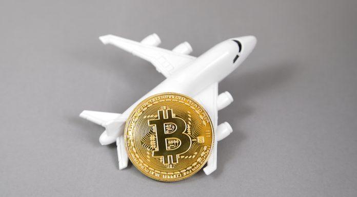 Avião e Bitcoin blockchain