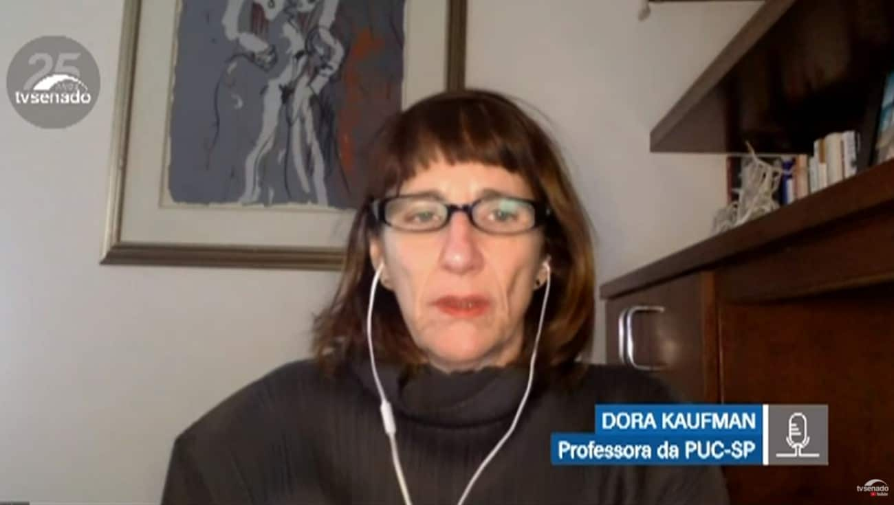 Professora Dora Kaufman da PUC-SP